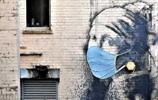 "Banksy - Edificio di Hanover Place, ""The Girl with the Pierced Eardrum"" - Bristol"