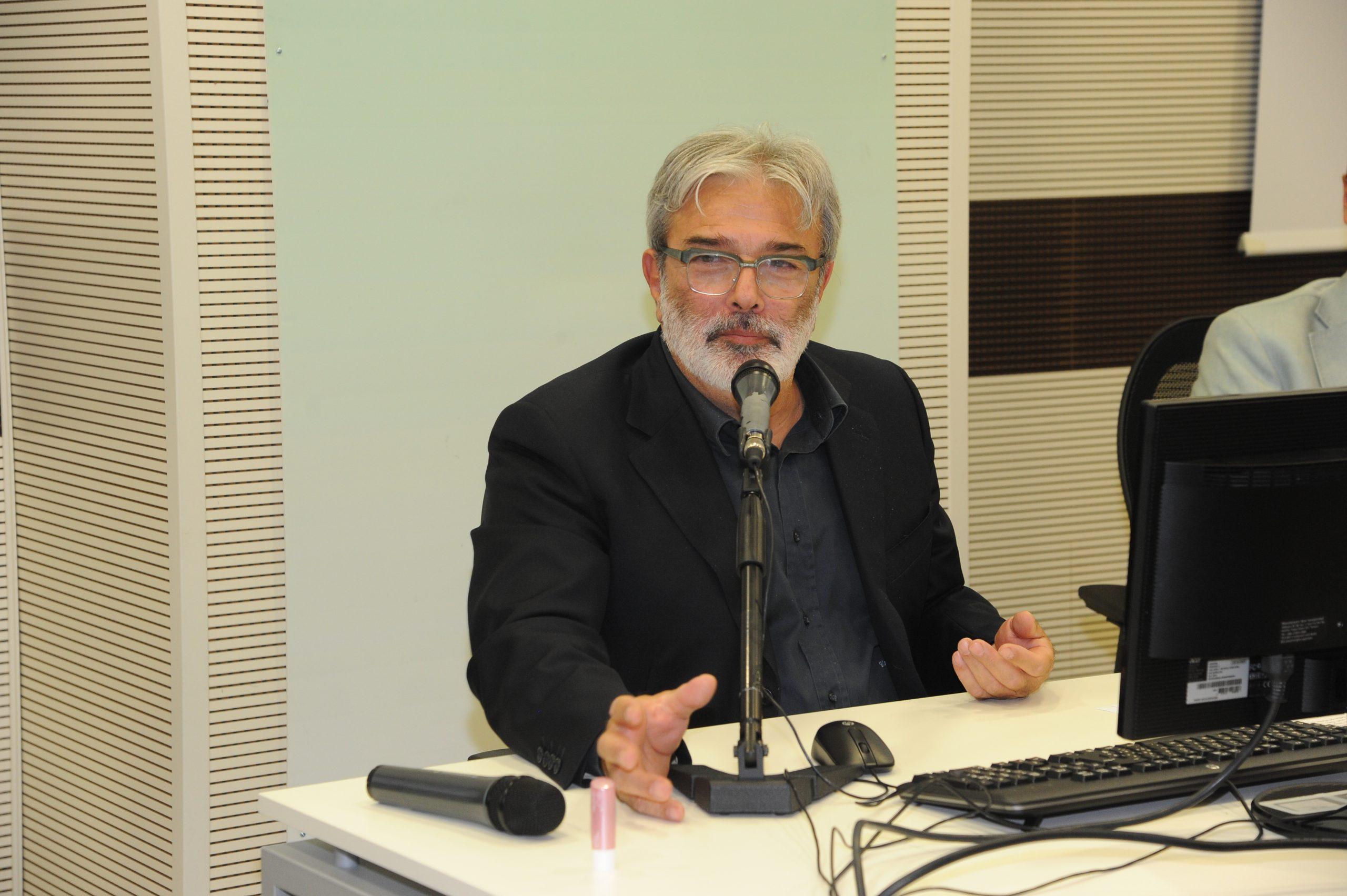 Il Professor Vincenzo Alastra alla premiazione del Concorso GIM paladino di un sogno del Fondo Edo Tempia