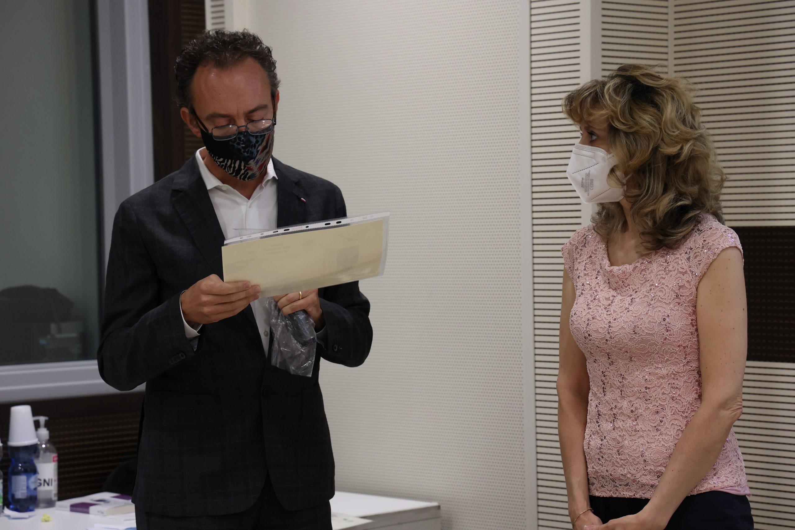 Loredana Corsello alla premiazione dell'edizione 2021 del concorso letterario Gim, fra sogno e realtà del Fondo Edo Tempia di Biella.