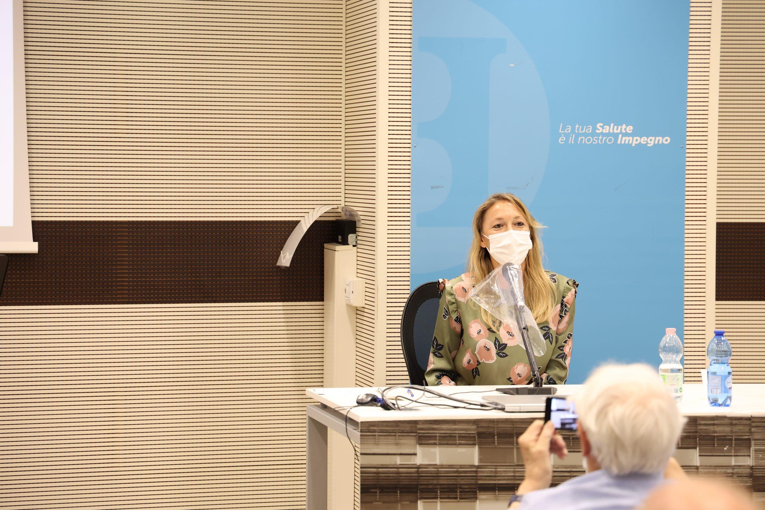 Viola Erdini alla premiazione dell'edizione 2021 del concorso letterario Gim, fra sogno e realtà del Fondo Edo Tempia di Biella.