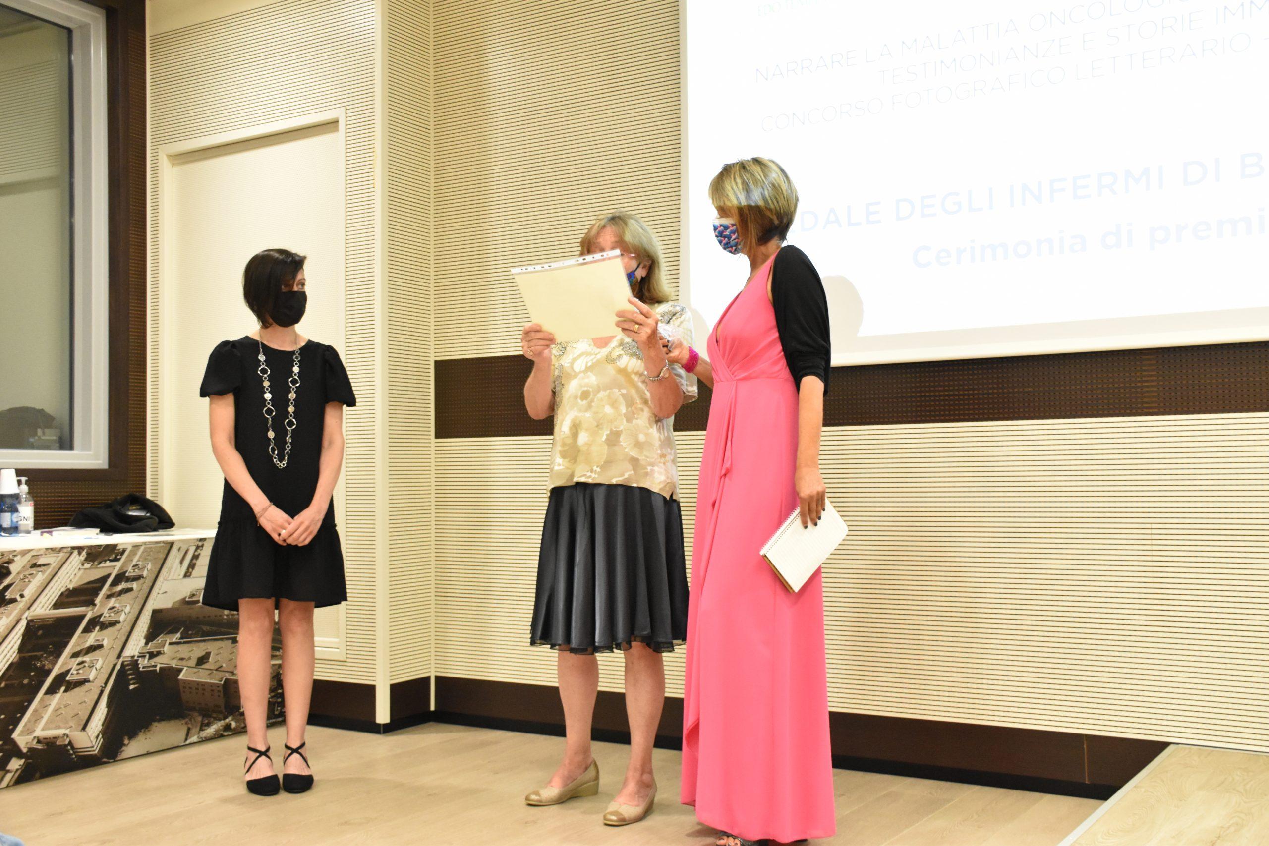 Federica Spera alla premiazione dell'edizione 2021 del concorso letterario Gim, fra sogno e realtà del Fondo Edo Tempia di Biella.